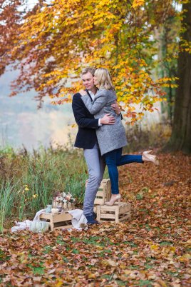 Hochzeitsplanerin heiratet Verlobungsshooting Herbst Engagement shooting