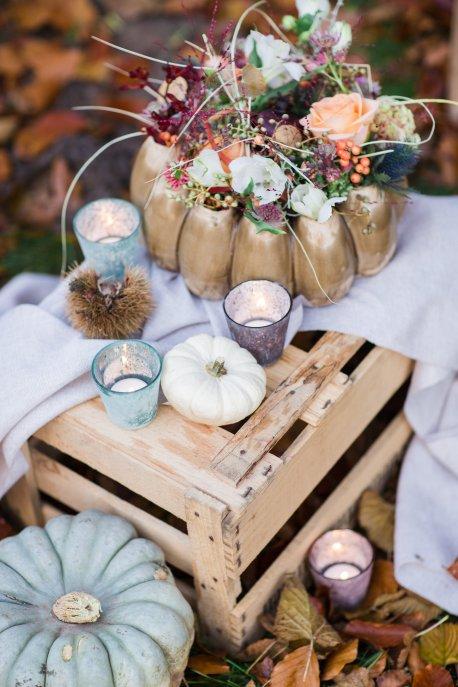 Hochzeitsplanerin heiratet Verlobungsshooting Herbst Kürbis