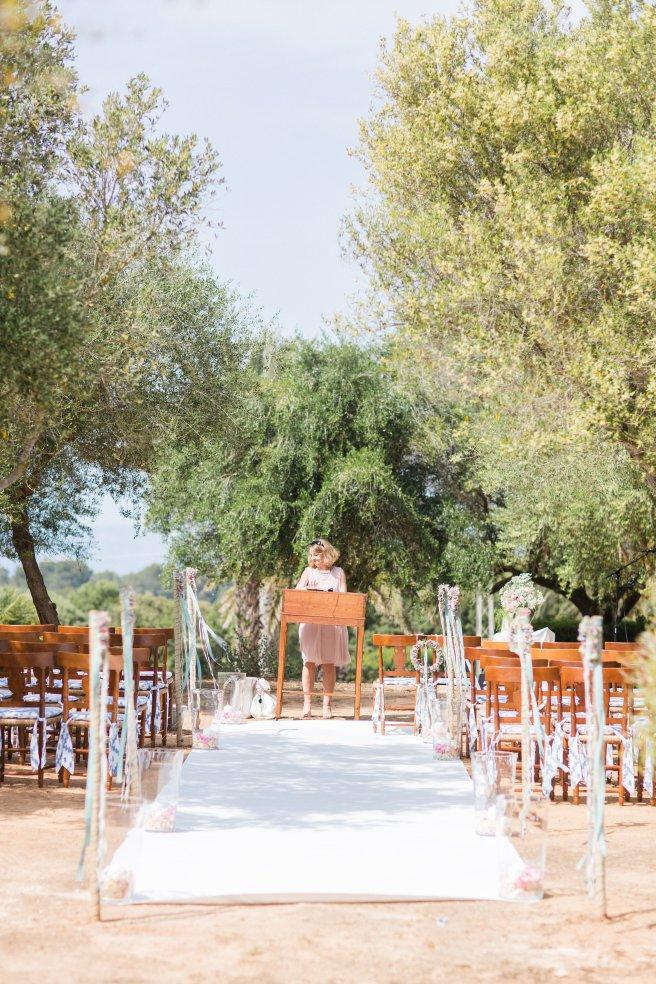 Hochzeitsplanerin heiratet freie Trauung Mallorca Bestuhlung